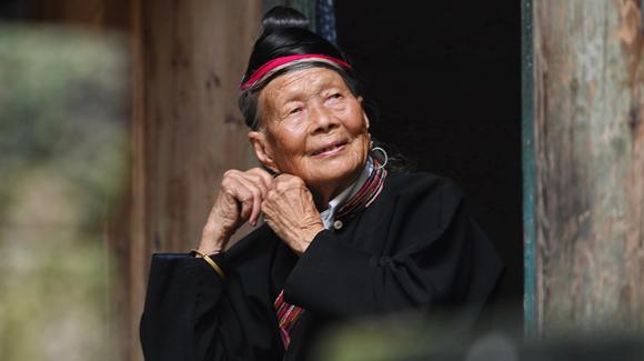"""89岁畲族老人钟莲娇为家乡""""代言"""""""