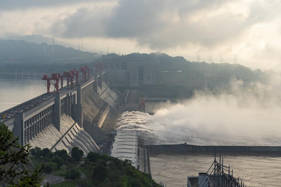 長江水利委升級發布岷江洪水紅色預警