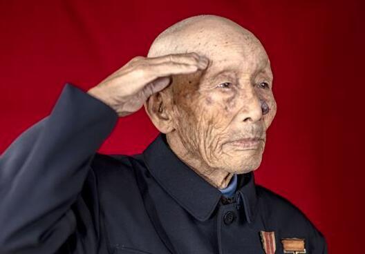 致敬最可愛的人——馬清華