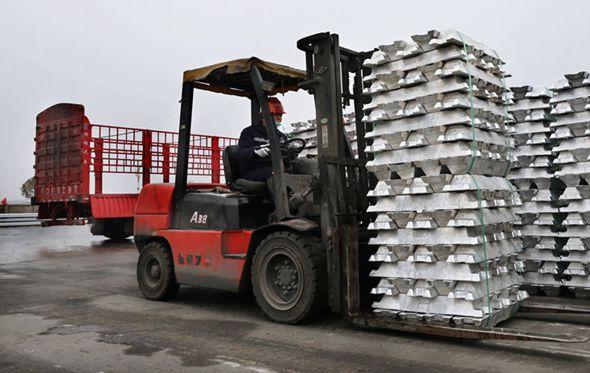 【新春走基层】节前走访黔西南:企业开工忙 项目建设热