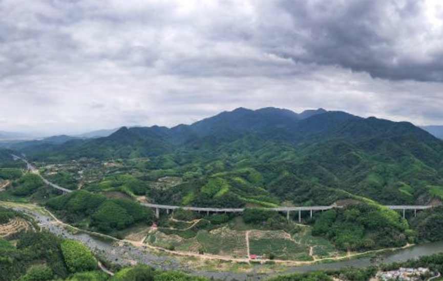 海南山海高速全线通车