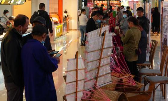 """江西:从网红高速服务区看""""高速经济""""新活力"""