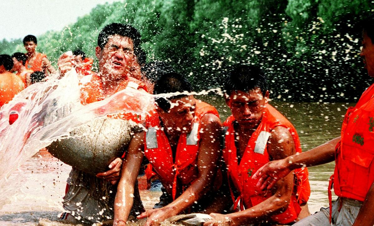 中國共産黨人的精神譜係丨不怕困難 頑強拼搏——抗洪精神述評