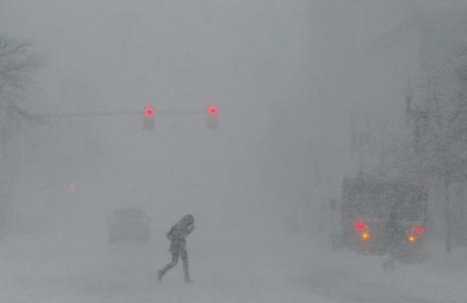 美國東北部遭遇暴雪 5000萬人生活受影響