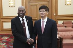 孟建柱會見蘇丹最高法院院長海德爾