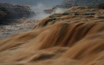 黃河壺口瀑布水量持續增大