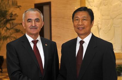 李源潮会见塔吉克斯坦第一副总理达夫拉托夫