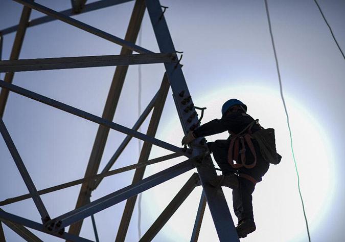 新疆:五家渠750千伏变电站220千伏送出工程即将投运