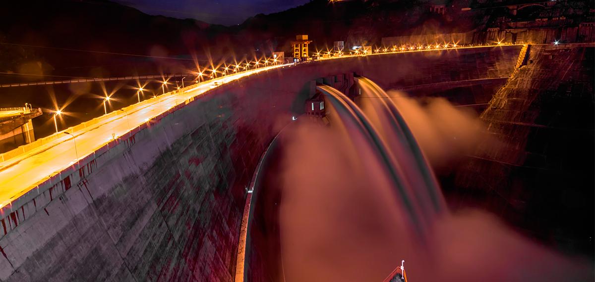 二等奖:《巨型水电助力白州》——张德选(华能澜沧江公司)