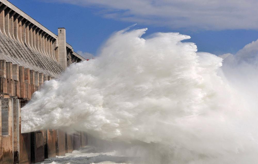 2018年我国水力发电量约1.2万亿千瓦时