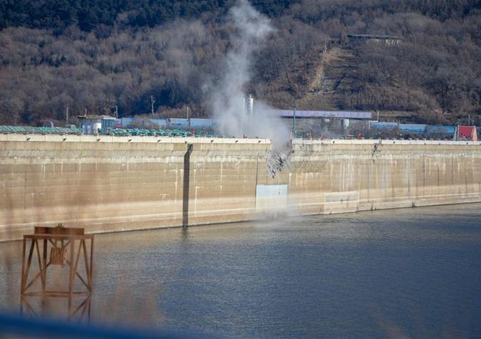 吉林丰满大坝爆破拆除 曾被印在伍角人民币上