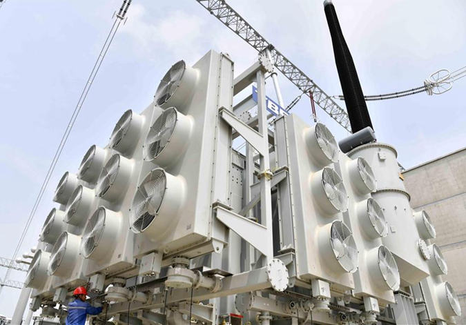 山东枣庄:1000千伏特高压交流输变电工程建设忙