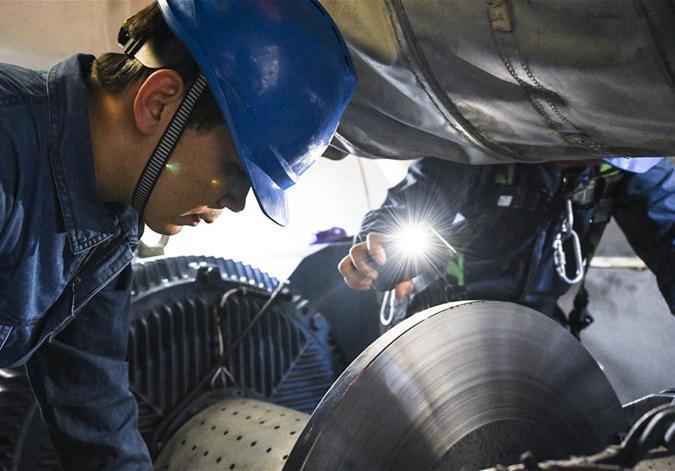 新疆能源行业建设者群像扫描
