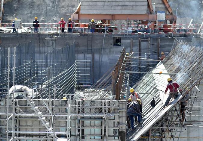 奮戰在雪域高原的勞動者——西藏電源電網建設見聞