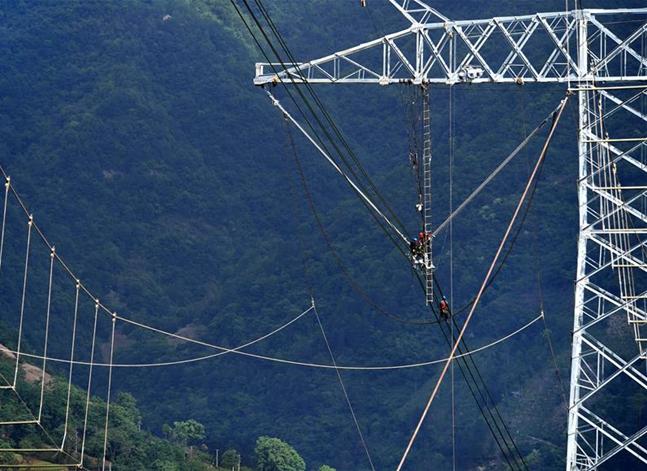 清洁能源外送专用特高压输电工程建设有序推进