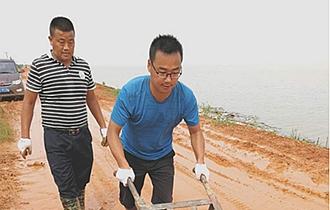 对话丨华能驻江西龙口村第一书记张玉:扶贫路上不落下一个贫困群众