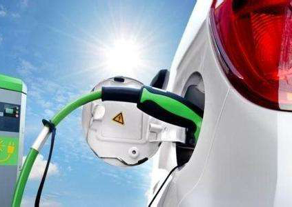 新能源汽车产业进入加速调整期