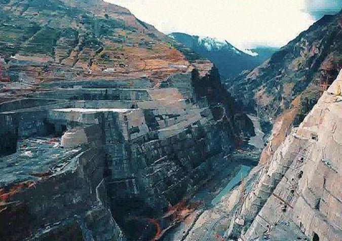 白鹤滩水电站工程投入建设