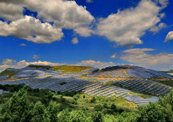 我国光伏发电装机容量超过15000万千瓦