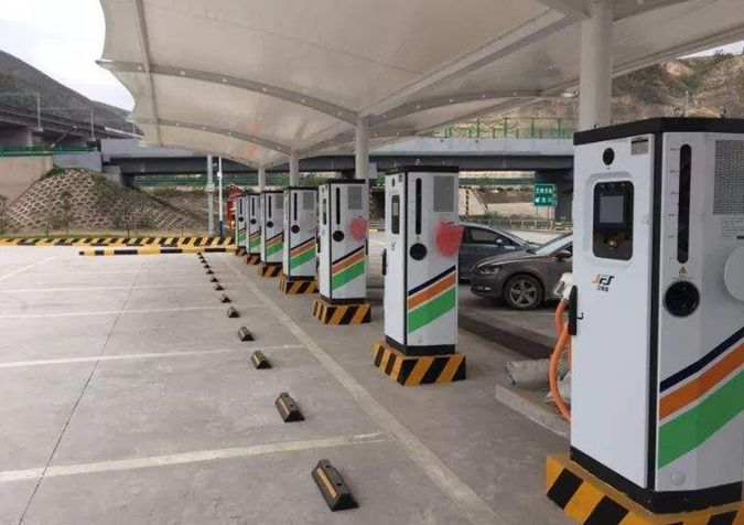 厦门市首个乡村电动汽车充电站投运