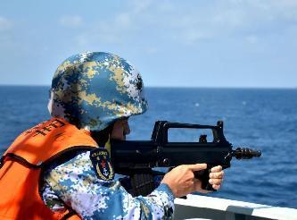 中國海軍組織反海盜武器裝備實彈射擊演練