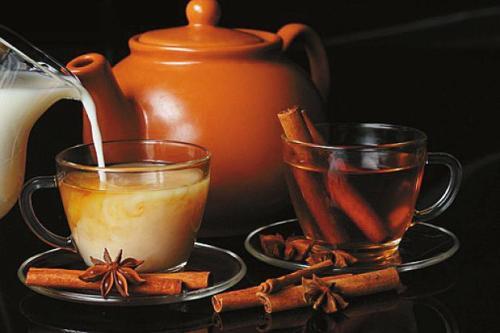 牛奶和茶一起喝会造成肾结石吗?