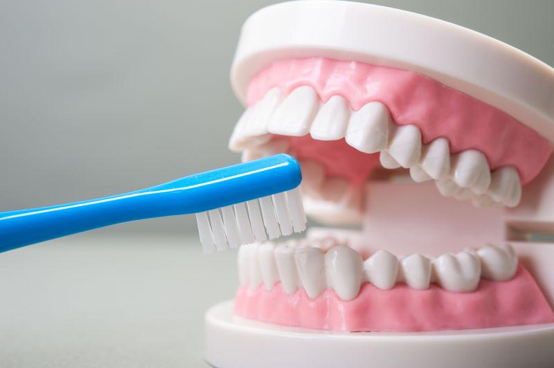 宾夕法尼亚大学牙科医学院新研究称:拔智齿会长期改善味觉