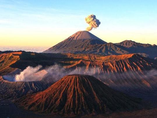 火山与人类生活密切相关