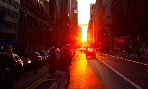 """""""曼哈顿悬日""""——纽约市难得一见的美景"""