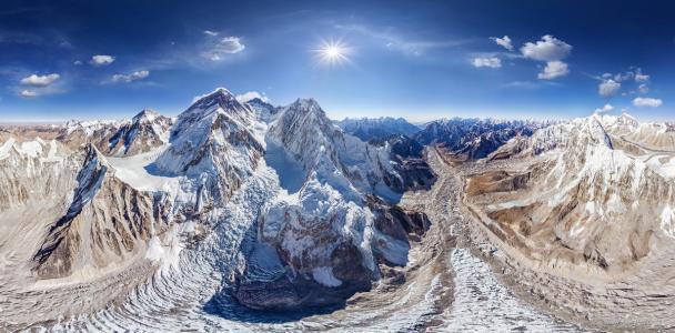 珠穆朗玛峰还在长高吗?