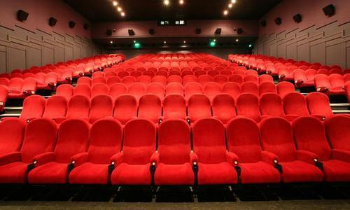 电影院座椅采用红色的视觉秘密