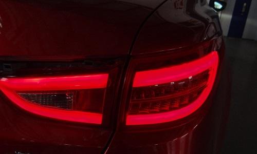 为什么停车信号灯是红色的