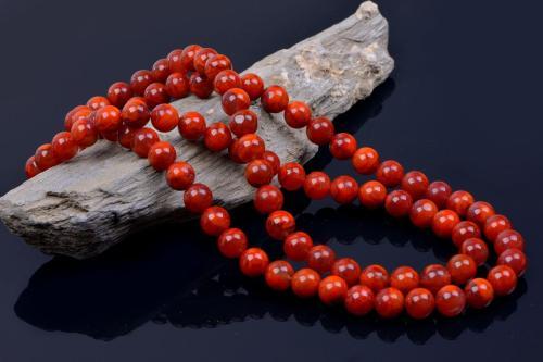 美麗的南紅瑪瑙
