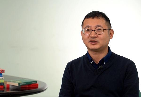 刘烨瑶——如何让潜水器从深海传出声音?