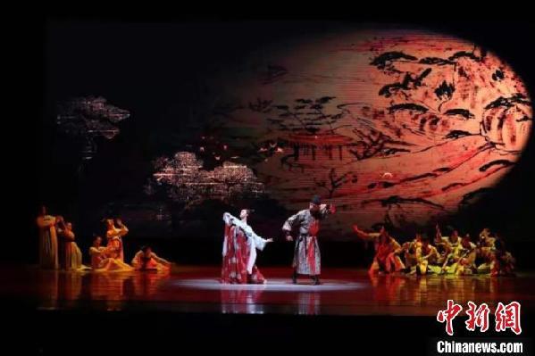 """陕西""""还原""""唐代墓葬乐舞壁画舞蹈""""和舞""""展现""""唐风唐韵"""""""