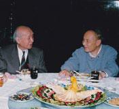 穆青(右)與劉海粟