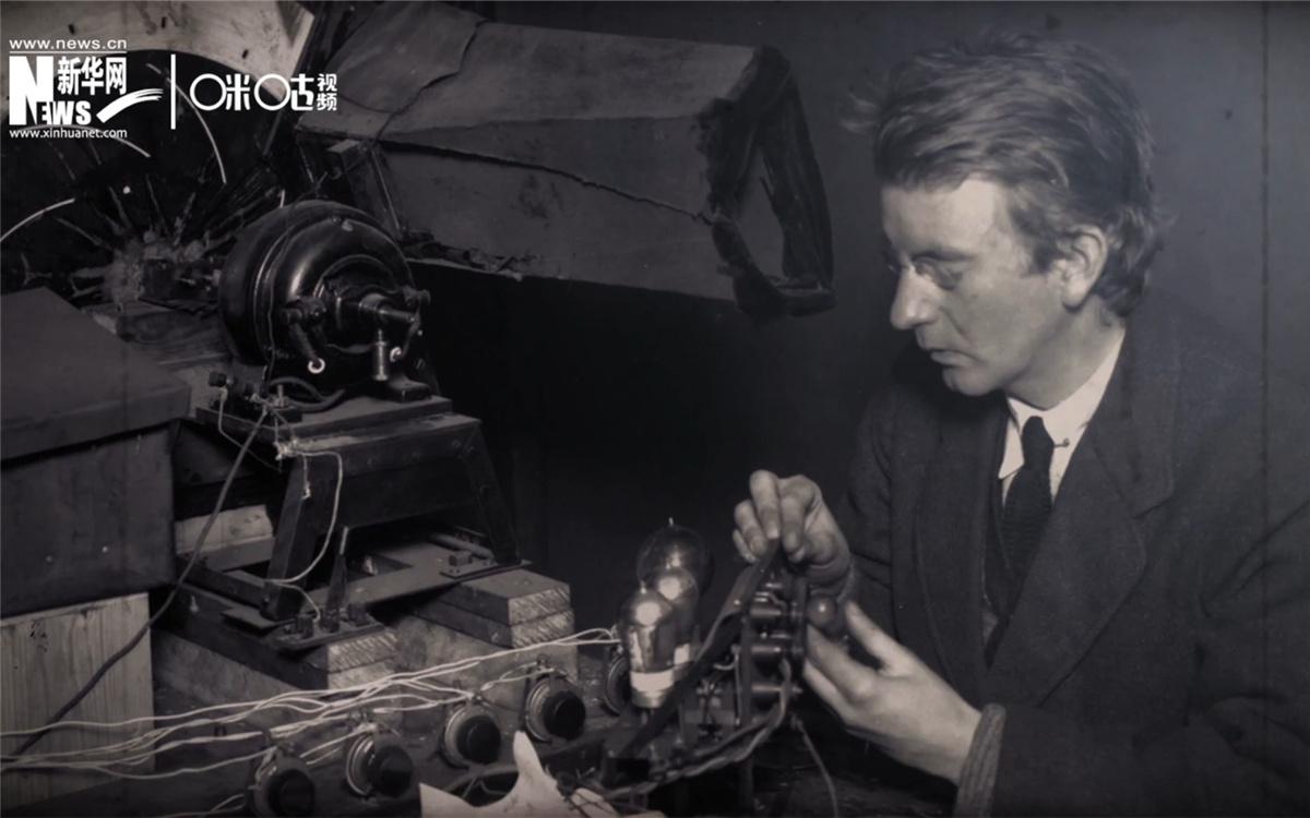 1926年1月26日,贝尔德进行了一次成功的电视放映