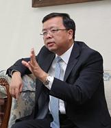 專訪:中國-東盟關係將積極引領地區合作發展大方向——訪中國駐東盟大使黃溪連
