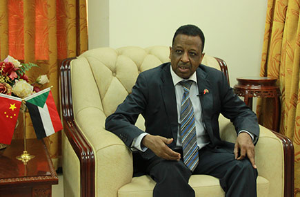 السفير السوداني لدى الصين: أحد أهم خبرات التجربة الصينية يكمن في عملية مكافحة الفقر