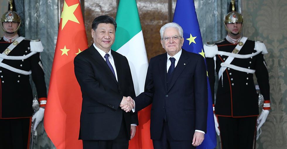 الرئيسان الصيني والإيطالي يتفقان على تدعيم تنمية أكبر للعلاقات بين البلدين