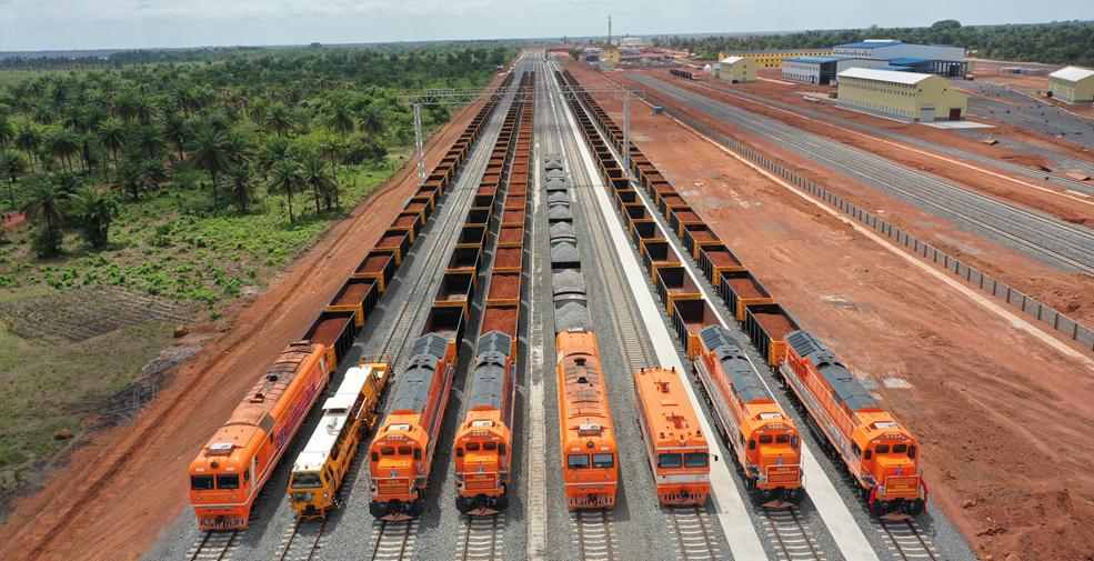 中企承建的幾內亞達聖鐵路建成通車