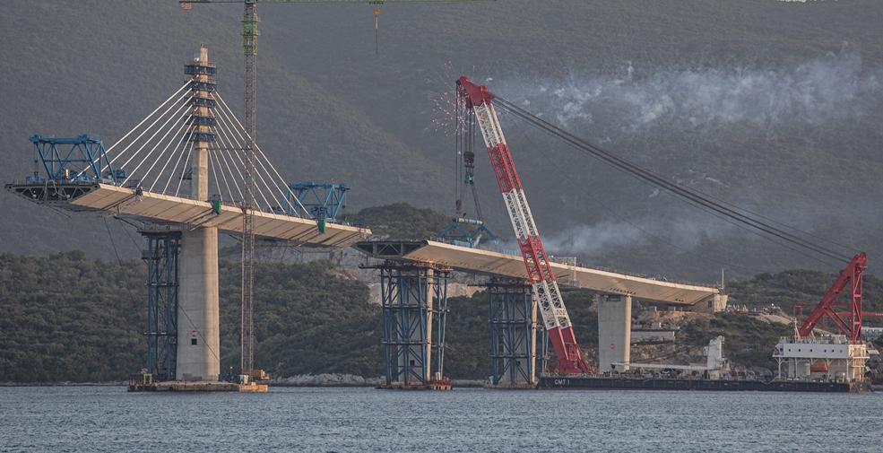 克羅地亞:建設中的佩列沙茨跨海大橋