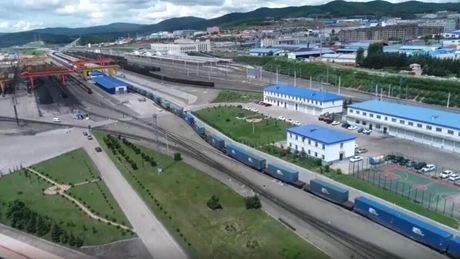 GLOBALink | China-Europe freight trains complete over 10,000 trips this year