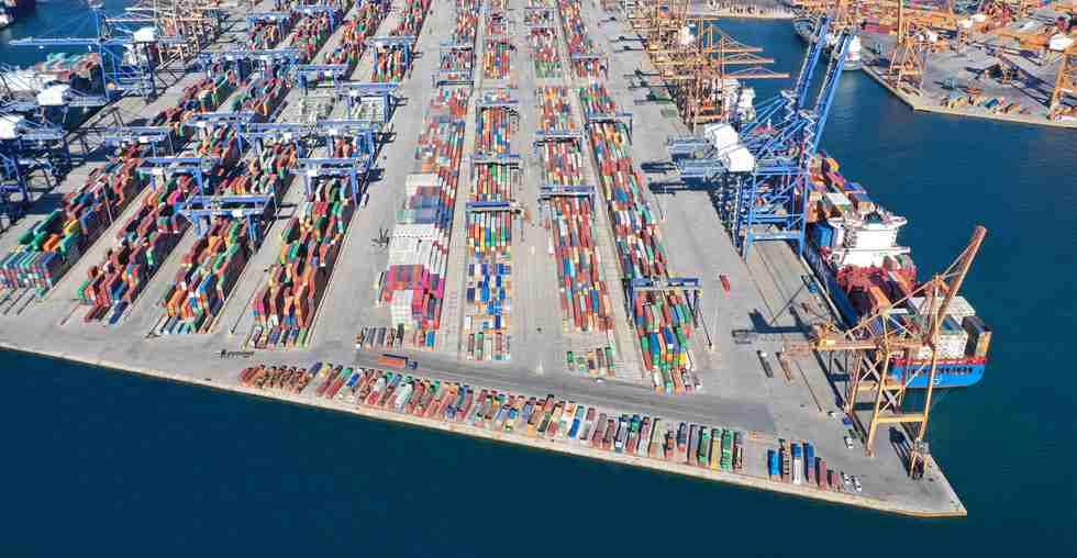 Feature: Greece's Piraeus port refilled with vitality under BRI cooperation