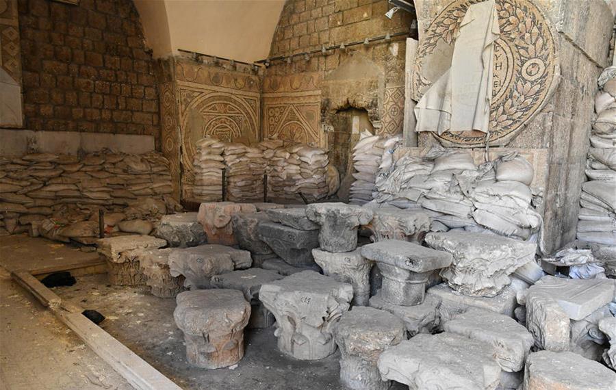 تحقيق إخباري: أكياس رمل حمت لوحات فسيفساء لا تقدر بثمن في متحف معرة النعمان بإدلب السورية