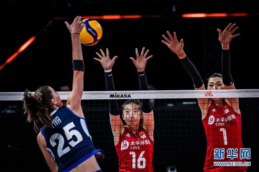 (体育)(2)排球——世界女排联赛:中国队战胜意大利队