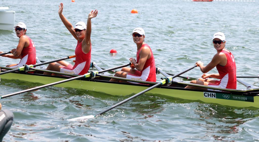 中国赛艇一天两创历史