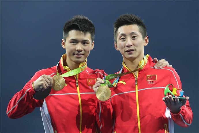 林跃、陈艾森夺金 中国男双10米台实现奥运四连冠
