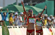刘虹获得女子20公里竞走冠军