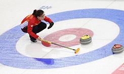 女子冰壶世锦赛:中国队一胜一负 教练感叹后备人才匮乏
